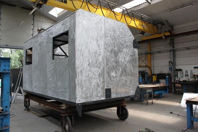 Stuurcabine voorzien van nieuwe beplating in ALU